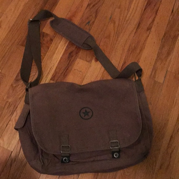 ad0f62d163e Converse Handbags - Converse messenger bag